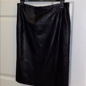 CALVIN KLEIN crush leather looking skirt